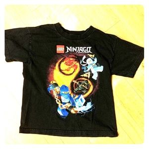 "Lego Ninjagq ""Masters of Spinjitzu"" Boys shirt Med"